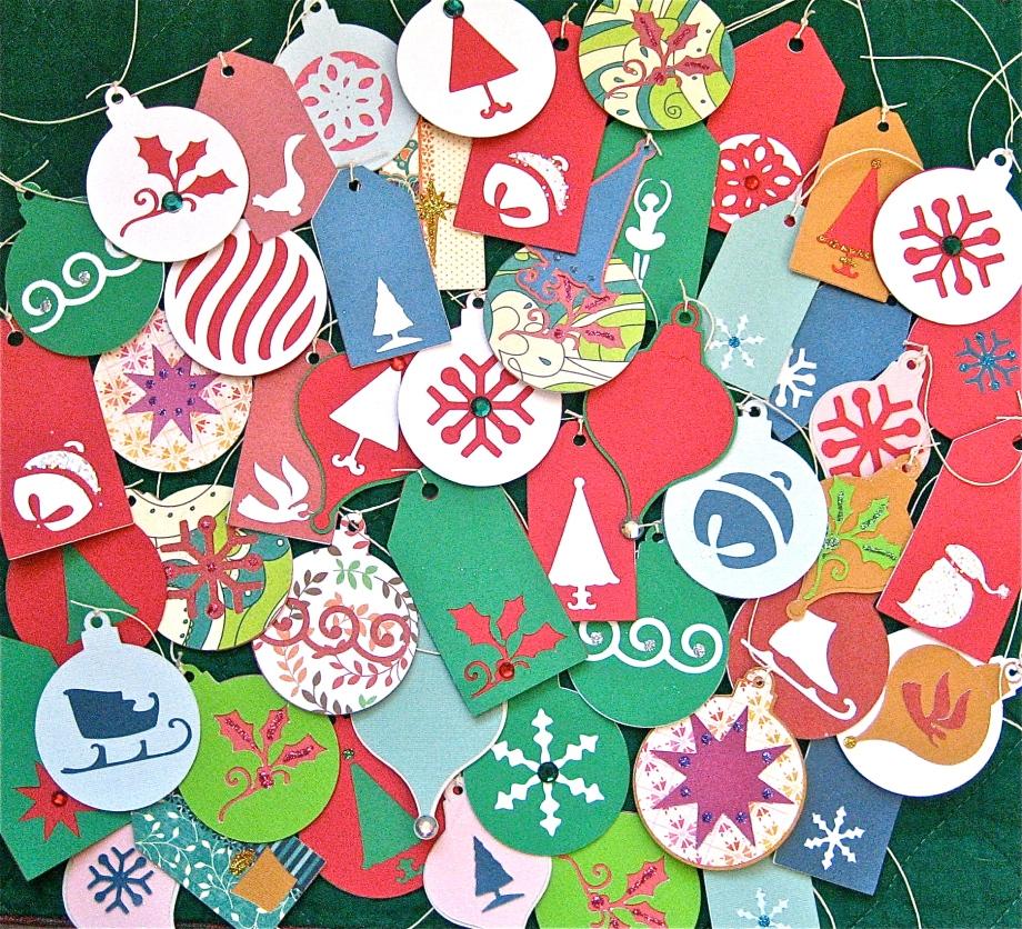 Cricut Crazy – Christmas GiftTags