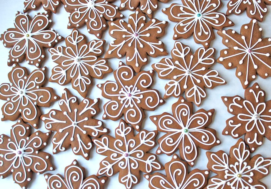 Gingerbread Snowflakes Big A Little A